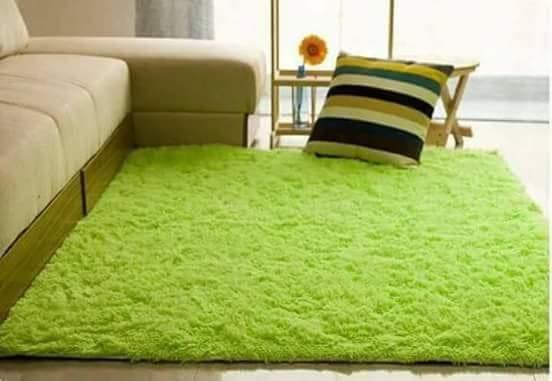 HOT FLUFFY CARPET- GREEN